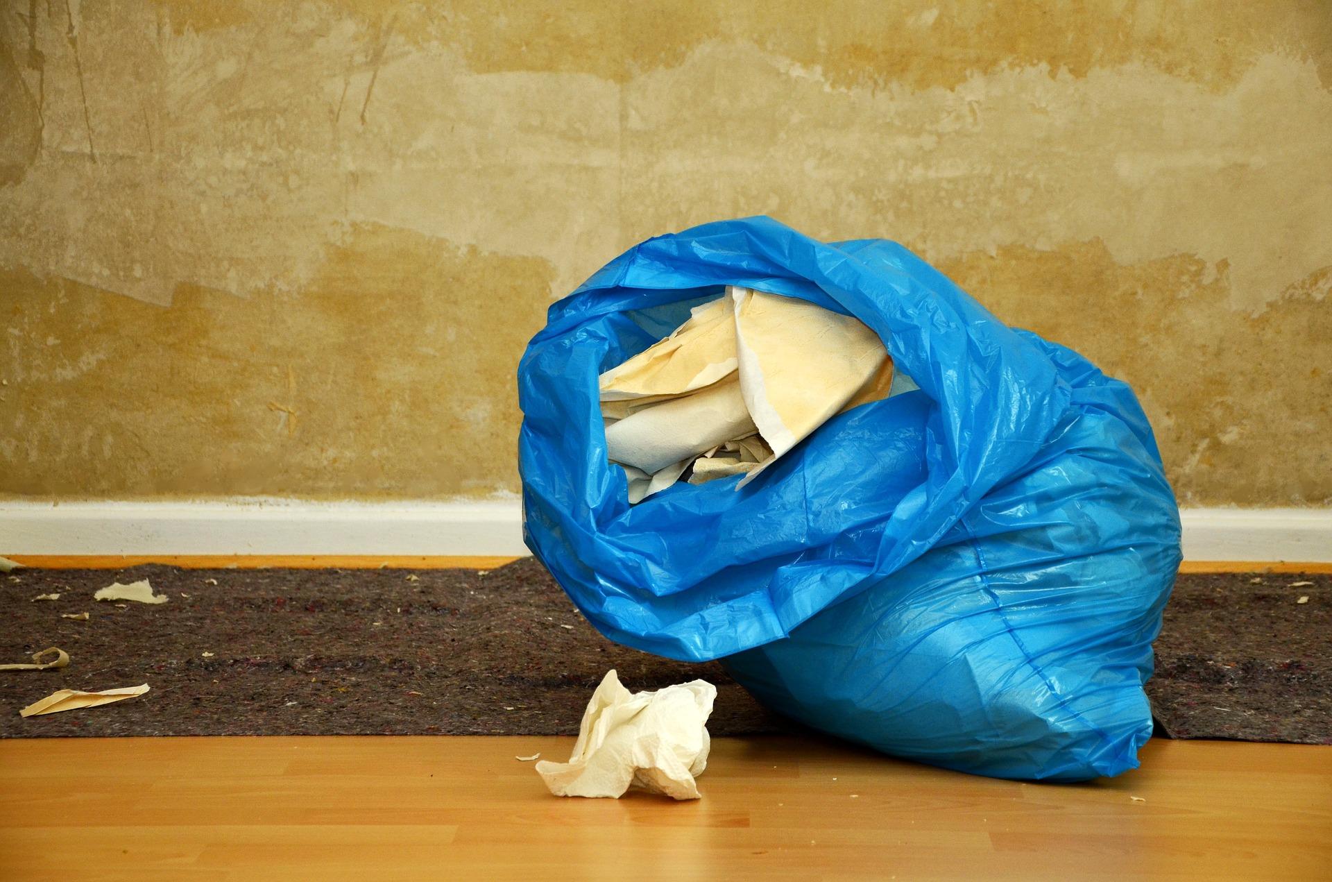 Langshalsschleifer vor dem tapezieren oder Fussboden verlegen